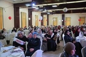 شركة دوسات تحتفل بيوم المرأة بتتويج نسائها في فلسطين