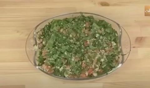 طريقة تحضير تبولة السبانخ من مطبخ دوسات