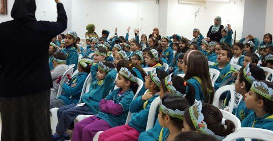 ورشات ومحاضرات بالتغذية الصحية والسليمة في مدارس فلسطين