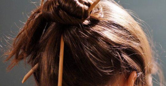 تغذية الشعر ..سبحان من خلق الجمال .. زان الرأس بالشعر فزاده كمال .. ودوسات اليوم تسرد تغذية الشعر في مقال ..