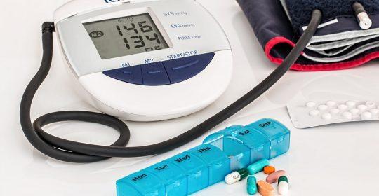 ضغط الدم المرتفع أعراضه وأسبابه وبعض الأغذية التي تحد من إرتفاعه .