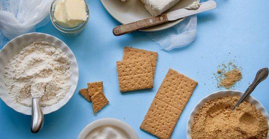 إعداد الجبنة  المنزلية وحفظها :