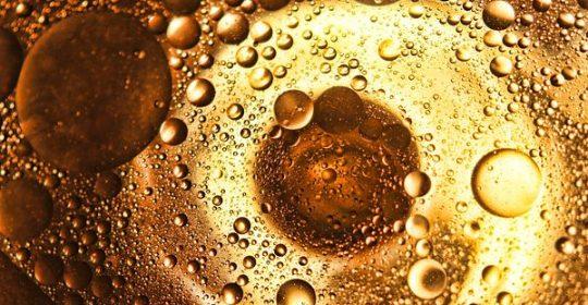 مقشر الجسم الطبيعي الفعال خليط زيت الزيتون مع حبيبات الملح