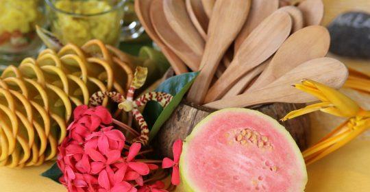 الجوافة أربع وصفات مميزة لاستخدام هذه الفاكهة الفواحة من دوسات