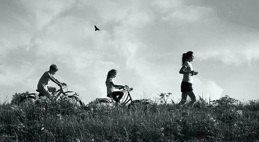 رياضة قيادة الدراجة الهوائية لو علمتم فوائدها لجعلتموها أساس الحركة لديكم