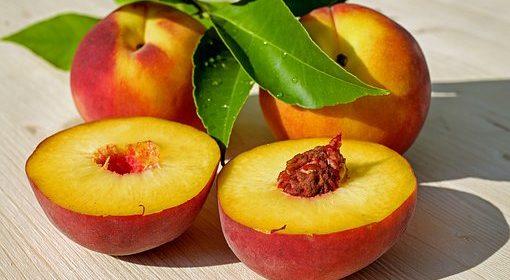 الدراق فاكهة الرشاقة فكيف تعمل ثمار الدراق على إزالة الدهون ؟